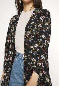 JDY - JOSEPHINE LONG KIMONO - Summer jacket - black/multicolor - 5