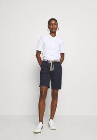 Tommy Hilfiger - ESSENTIAL - Polo shirt - white - 1
