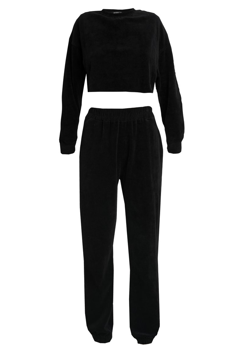 Missguided - CROPPED AND CUFFED JOGGERS SET - Træningsbukser - black