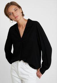 Selected Femme - SLFDAISY - Blouse - black - 0