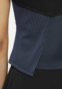 Nike Performance - COURT DRI-FIT ADV SLAM TENNISOBERTEIL - Top - black/white - 5