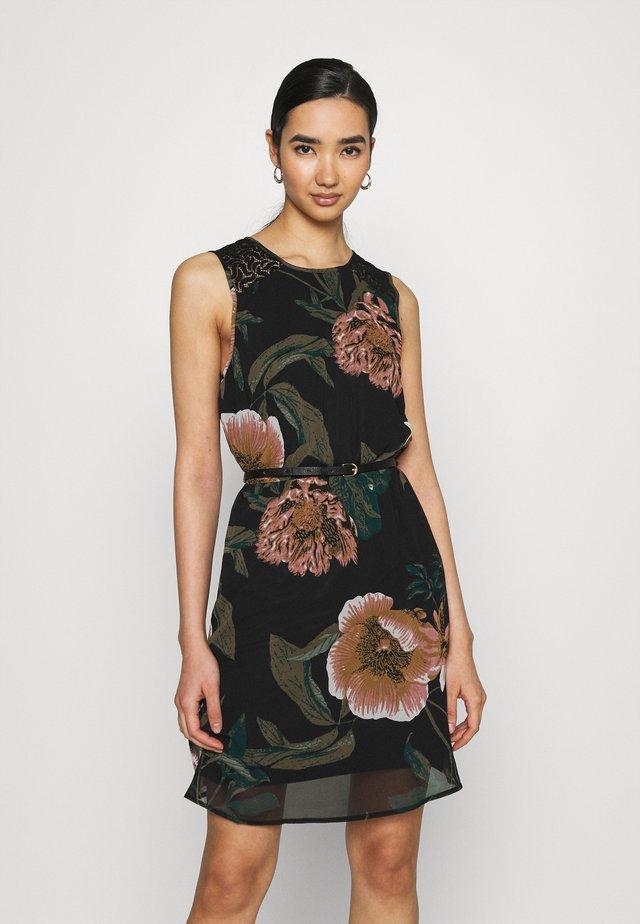 VMKATNISS SHORT DRESS - Korte jurk - black
