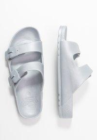 Scholl - BAHIA - Pantofle - argent - 3