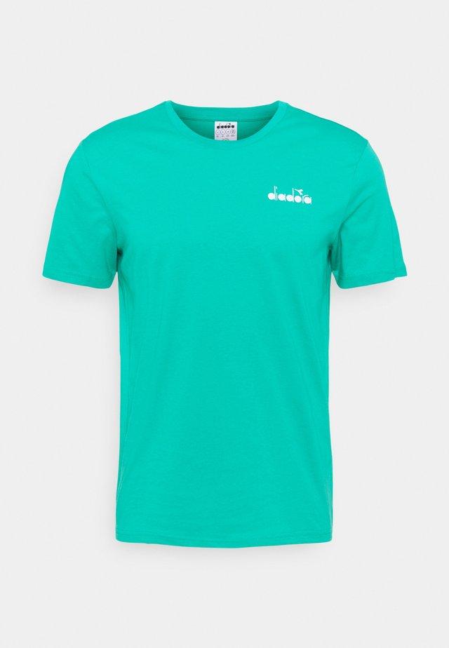 CORE - T-shirt basic - green deep