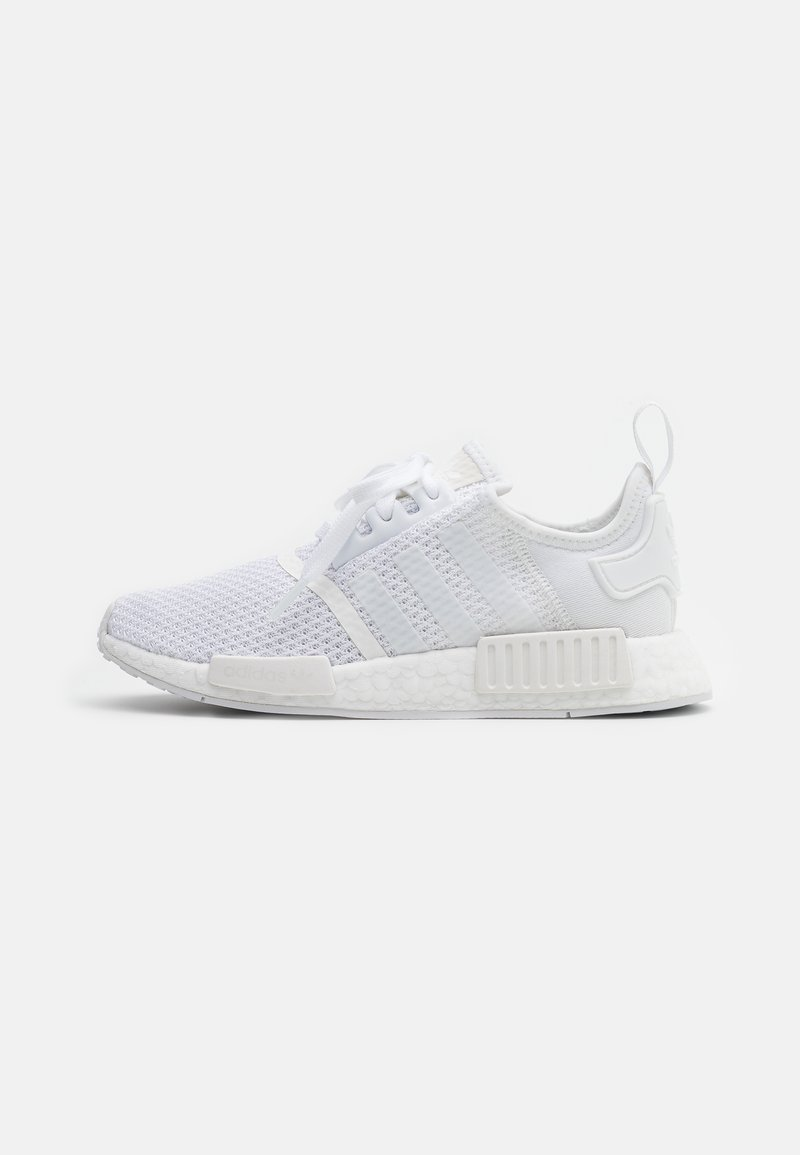 adidas Originals - NMD_R1 BOOST SPORTS INSPIRED SHOES - Matalavartiset tennarit - footwear white