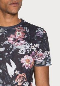 Pier One - T-shirt imprimé - multicoloured - 4