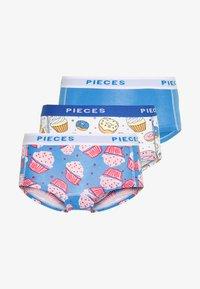 Pieces - PCLOGO LADY CAKE 3 PACK - Pants - regatta - 5
