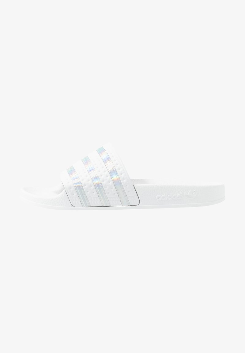 adidas Originals - ADILETTE SPORTS INSPIRED SLIDES - Pantolette flach - crystal white/footwear white