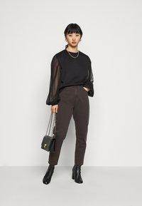 Missguided Petite - TULLE SLEEVE  - Sweatshirt - black - 1