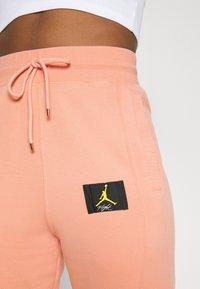 Jordan - FLIGHT PANT - Tracksuit bottoms - apricot agate - 4