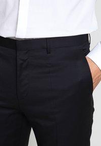 HUGO - HARTLEY - Oblekové kalhoty - dark blue - 5