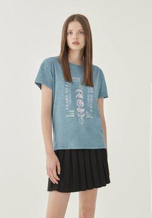 T-shirts print - blue