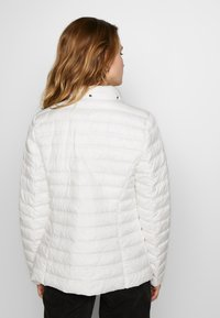 Barbara Lebek - JACKE STEPP MIT KAPUZE - Light jacket - offwhite - 3