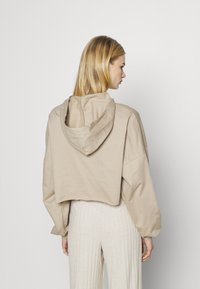 Nly by Nelly - DROPPED CROPPED HOODIE - Sweatshirt - beige tuffet - 2