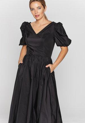 Suknia balowa - czarny