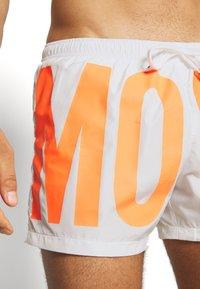 MOSCHINO SWIM - BOXER - Swimming shorts - white/orange - 3
