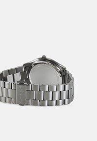 Michael Kors - UNISEX SET - Horloge - gunmetal - 2