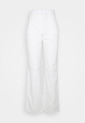 CONTRAST STRAIGHT LEG TROUSER - Tygbyxor - white