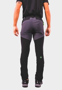 IZAS - Outdoor trousers - black/dark grey/lime - 1