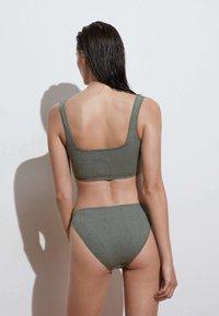 OYSHO - Bikini top - green - 2