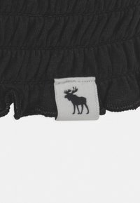 Abercrombie & Fitch - MAY BARE SMOCKED - Top - black - 2