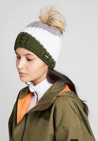 Eisbär - EDEN LUX CRYSTAL  - Beanie - outdoorgreen/white - 1