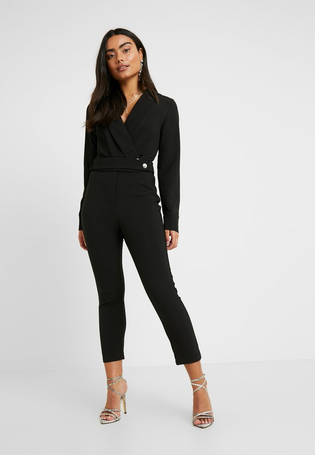 SANDRA COLLARED WITH BUCKLE DETAIL  - Mono - black