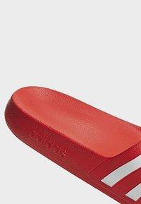 adidas Performance - ADILETTE AQUA SLIDES - Badslippers - red - 2