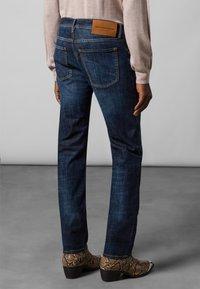 Baldessarini - 5-POCKET JACK - Straight leg jeans - dark blue - 2