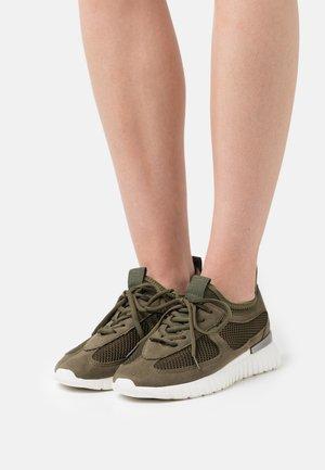 TULIP - Sneakers - deep olive