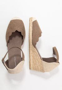 Anna Field Wide Fit - Wedges - camel - 3