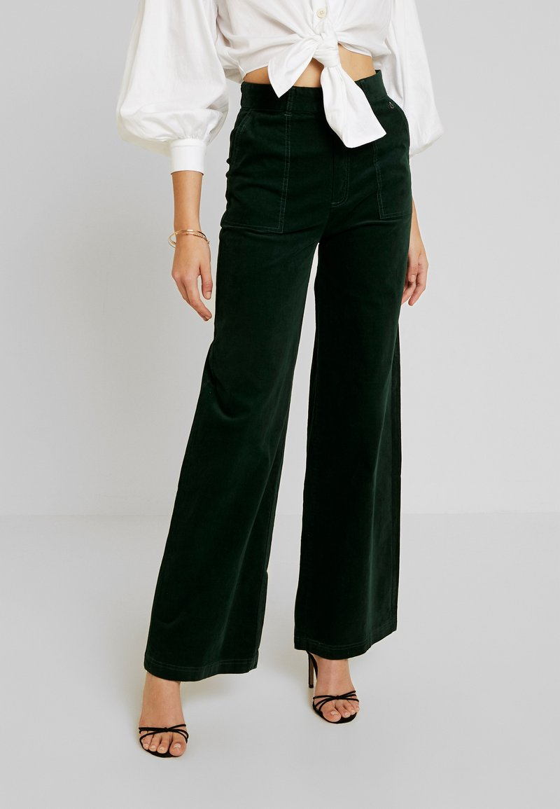 Pepe Jeans - MAYA - Trousers - forest green