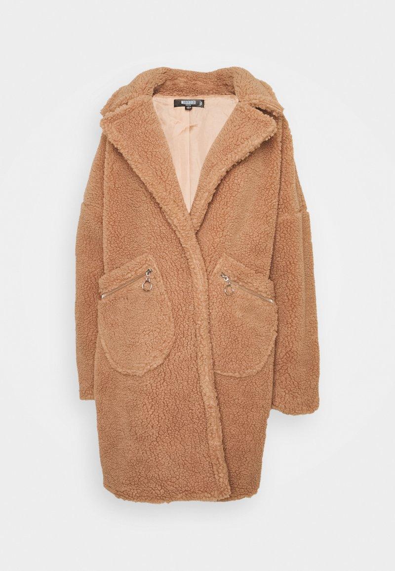 Missguided Petite - ZIP PATCH POCKET - Winter jacket - tan