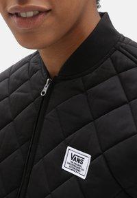 Vans - WM BOOM BOOM 66 LONG JACKET - Light jacket - black - 2