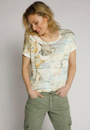 T-shirt print - mattes oliv