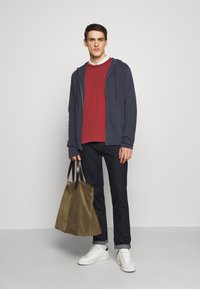 James Perse - VINTAGE RAGLAN - Sweatshirt - claret - 1