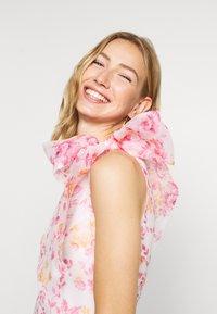 Monki - CAMILLE DRESS - Cocktailkjole - white/pink - 3