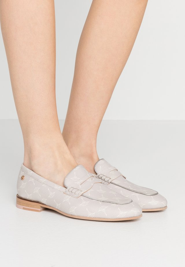 CORTINA FILIPPA  - Loaferit/pistokkaat - light grey