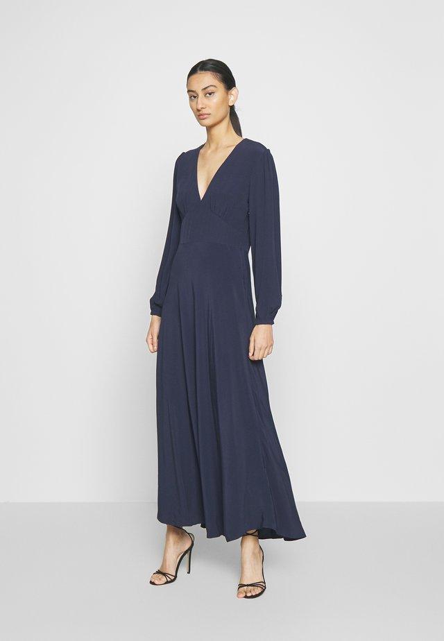CINDY DRESS - Długa sukienka - night sky
