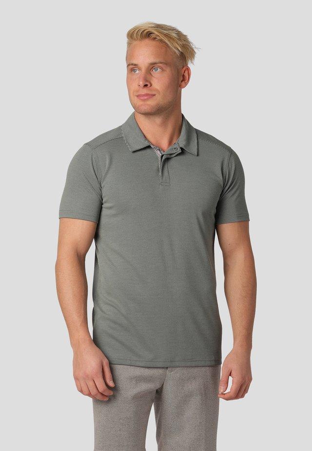 Polo shirt - agave green