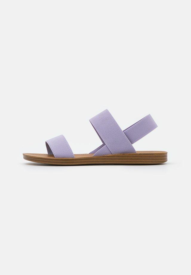 ROMA - Sandaalit nilkkaremmillä - lavender