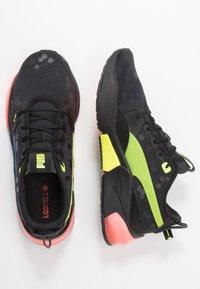 Puma - LQDCELL OPTIC - Zapatillas de running neutras - black - 1