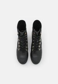 MICHAEL Michael Kors - BREA BOOTIE - Lace-up ankle boots - black/brown - 4