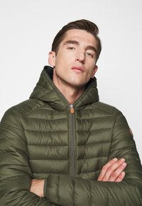 Save the duck - GIGAY - Winter jacket - dusty olive - 4