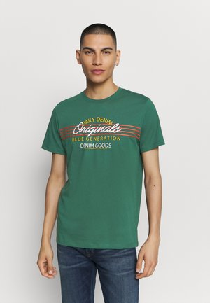 JORTONNI  - T-shirt con stampa - trekking green