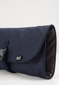 Jack Wolfskin - WASCHSALON - Wash bag - night blue - 2