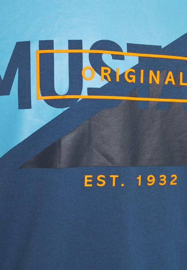 Mustang AARON - T-shirt z nadrukiem - ensigne blue/niebieski Odzież Męska OVON