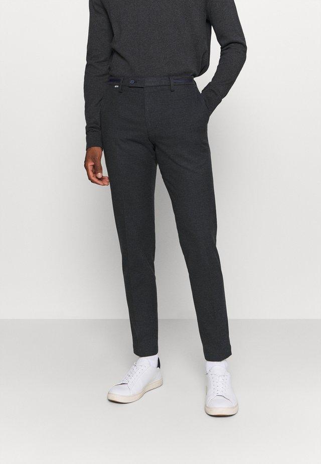 CIBRAVO TROUSER - Pantalon classique - dark blue