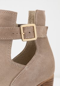 Zign - Ankle boots - beige - 2