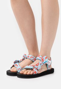 Marc O'Polo - MONIKA - Sandals - turquoise/red - 0